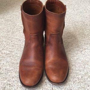 Frye Shoes - Frye Cara Short boots in Cognac